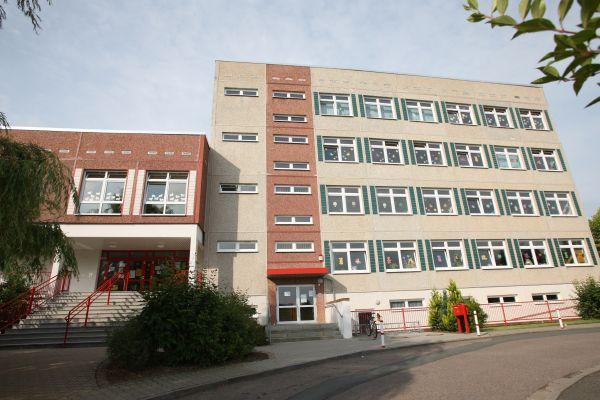 Grundschule Schmšlln